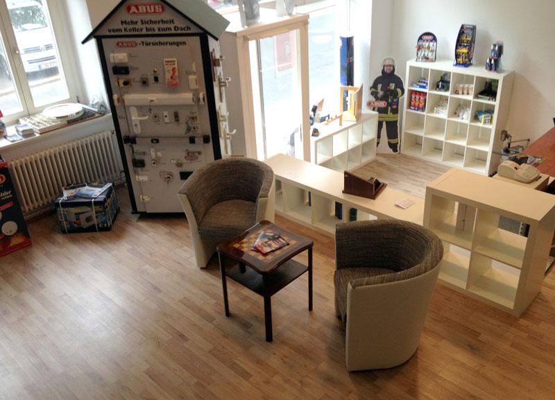 schl sseldienst leipzig st tteritz 57 50 euro t r ffnungen leipzig 0341 6877865. Black Bedroom Furniture Sets. Home Design Ideas